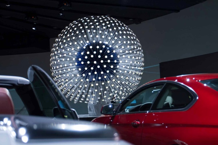 oled-dandelion-in-the-bmw-museum