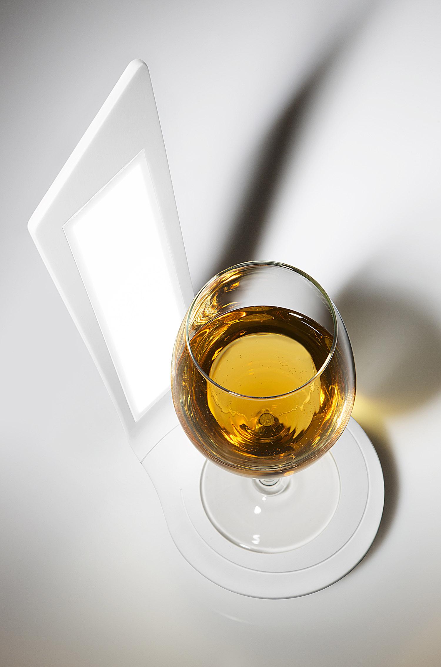 hi-macs_wineoled_wine_oled_tiziana_arici_9615-c